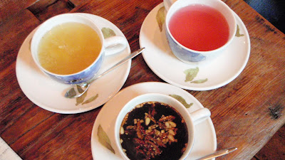 Properties of different types of tea