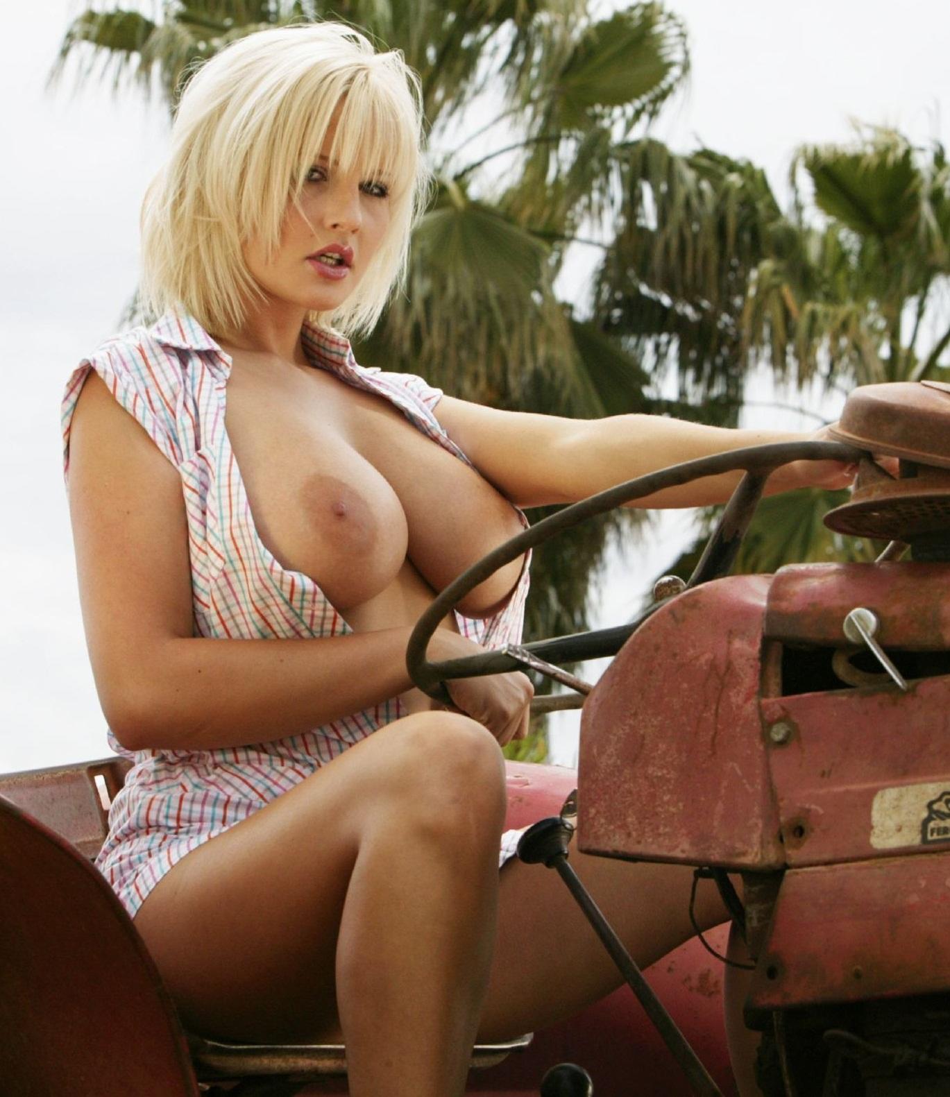 Big boobs mature nude