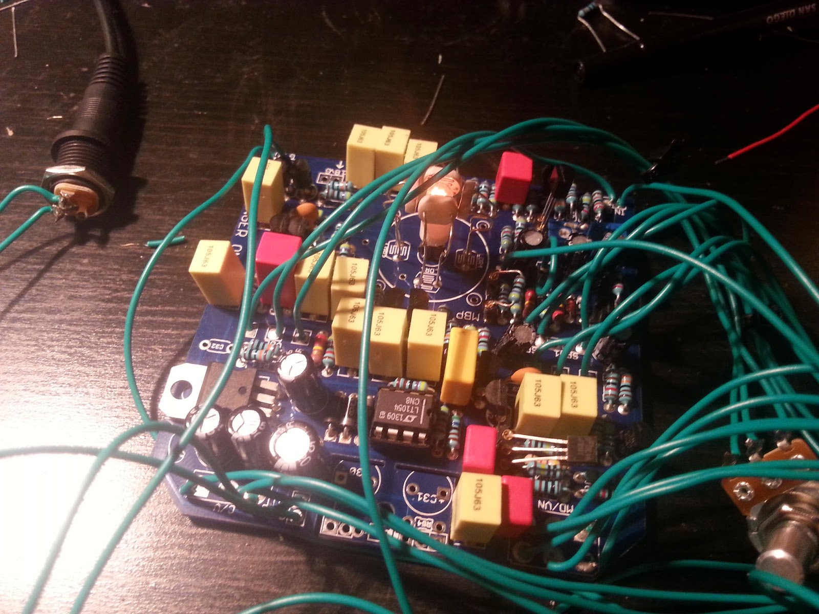 Diy Guitar Pedal Blog Building A Univibe Clone Wiring Diagram If Everything Works You Can Also Setup The Offset And Gain Pot For Lamp