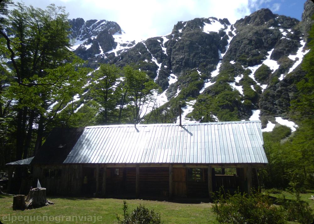 Refugio Hielo Azul, El Bolsón