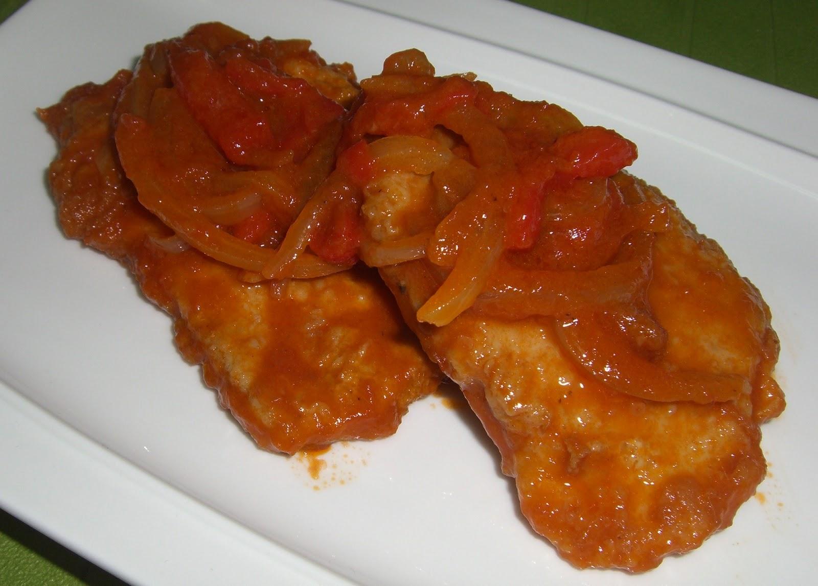 cocina con isaac atun con cebolla y pimientos en salsa de