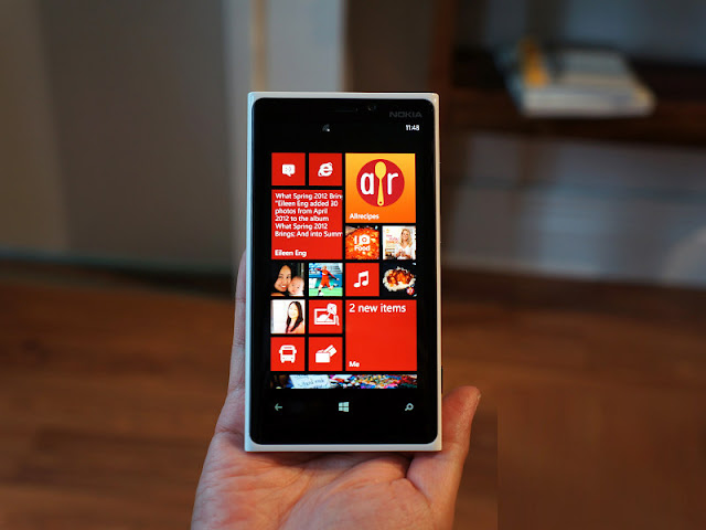lumia 920, Lumia 920 Gallery, lumia 920 phone, Lumia 920 Photos, lumia 920 specs, lumia phone, Nokia Lumia 920, Nokia Lumia 920 Specs, Specs, windows lumia, windows lumia 920, windows phone lumia 920,