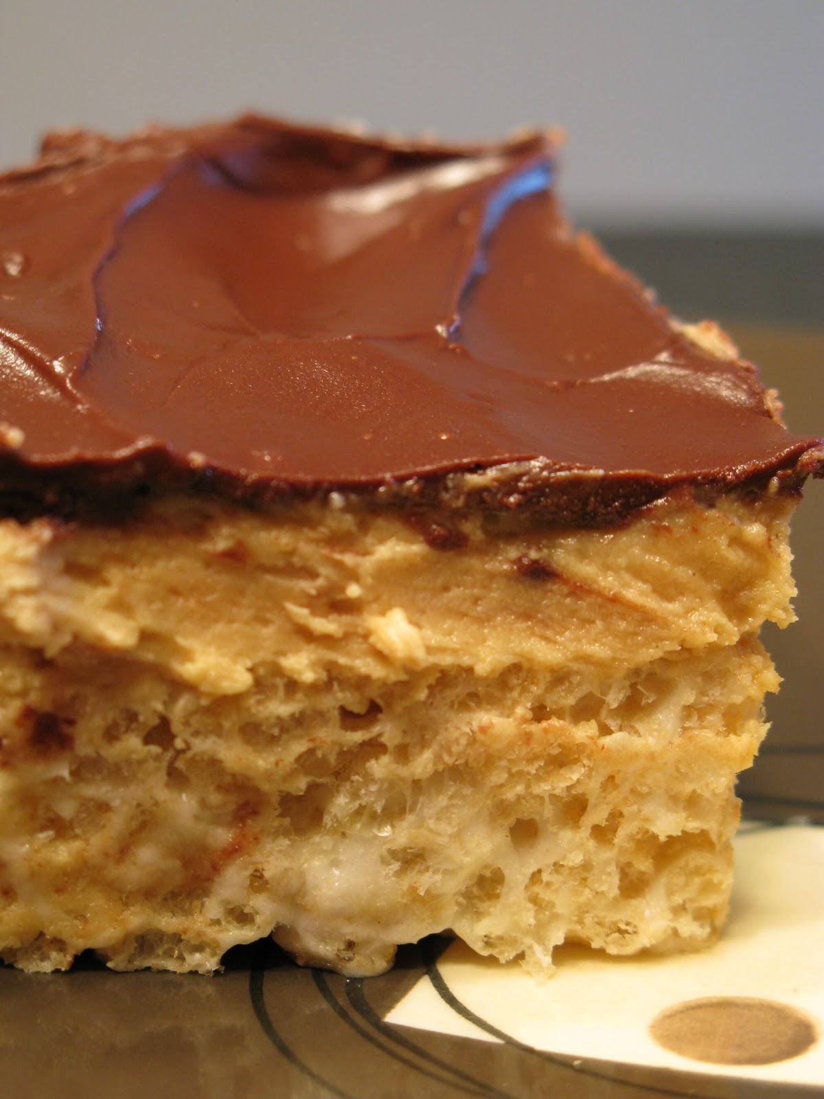 Tortillas and Honey: Peanut Butter Cup Rice Krispies Bars