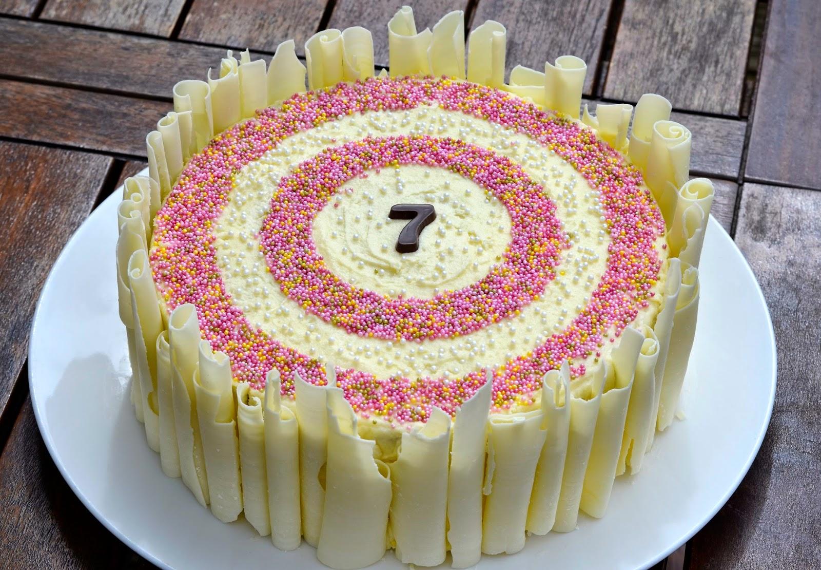 Weddings, birthdays and more cakes | stickybeak cakes