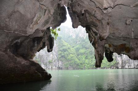 Halong Bay - Viet Nan