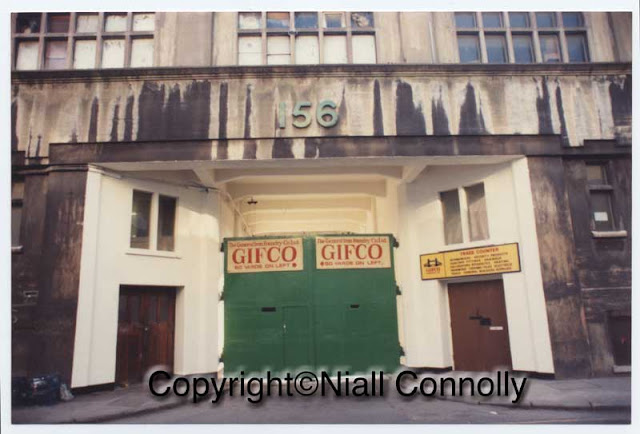 The entrance to Royal Oak Yard, 156 Bermondsey St, London SE1 occupied by the General Iron Foundry Company GIFCO. Copyright Niall Connolly