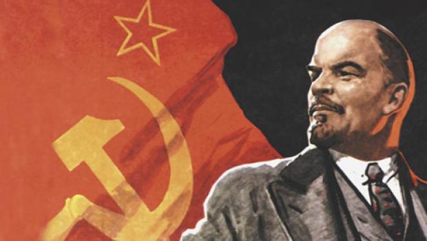 تأريخ الثورة البولشفية تتنازعه ثلاثة تيارات أو مذاهب: السوفياتي والليبرالي والمراجع