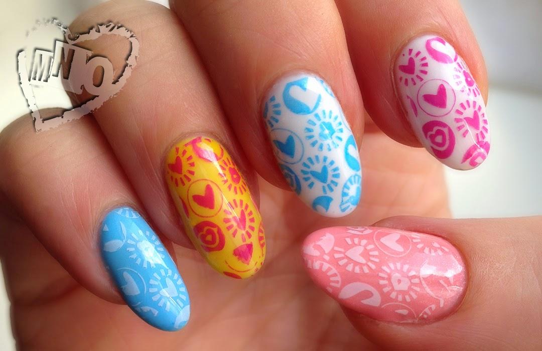 Nail art design stamp heart pattern cute