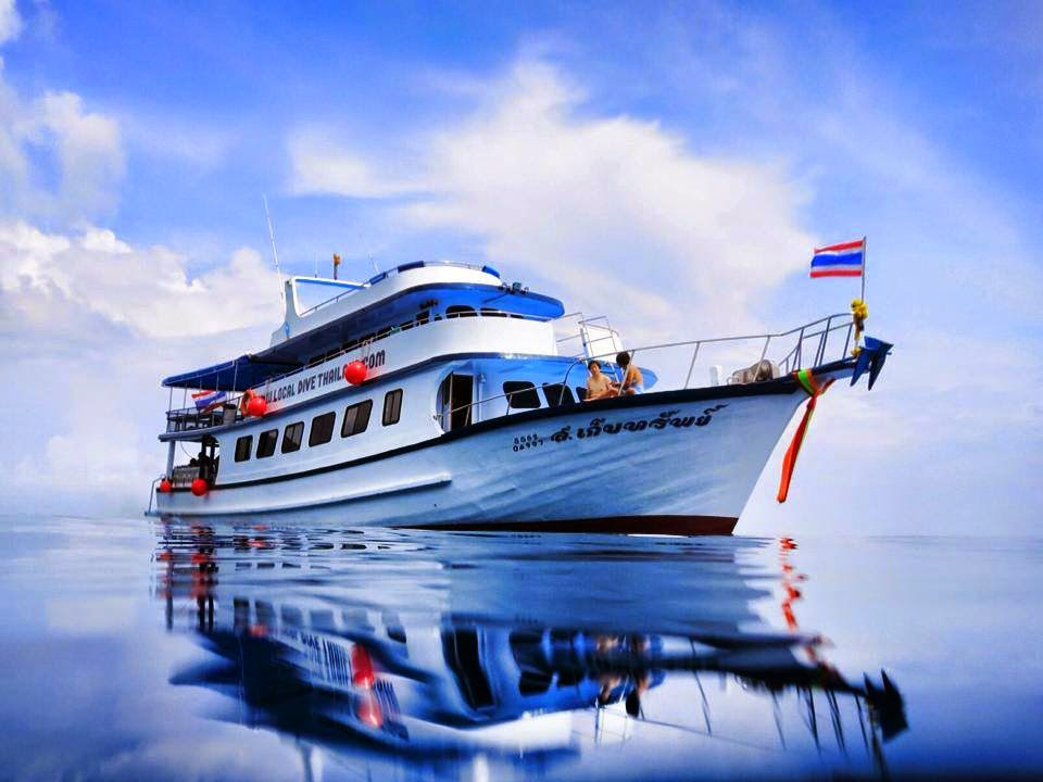 Large Comfortable Dive Boat  to relax on the trip to Phi Phi