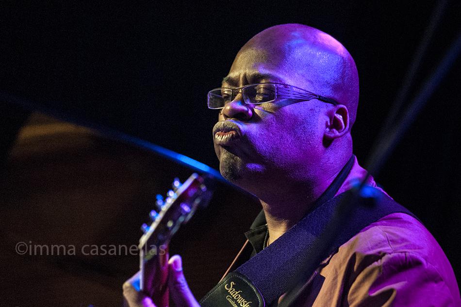 Lionel Louke amb Jeff Ballard 'Fairgrounds', Nova Jazz Cava, Terrassa 7-3-2015