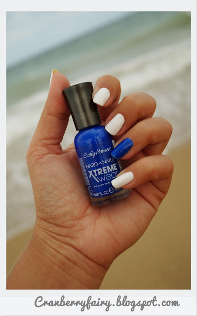 Sally Hansen 420 Pacific Blue