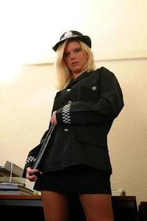 Wild lesbian - sexygirl-Police_Woman_wow_what_a_truncheon_DSCF0561-764067.jpg