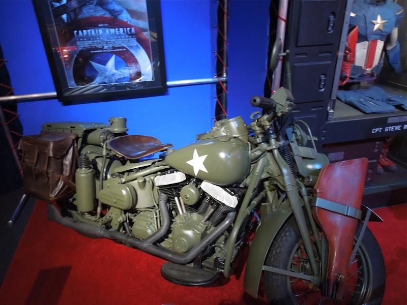 Captain America Steve Rogers 1942 motorcycle