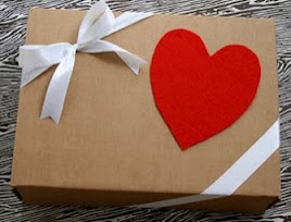 envoltura de regalo, envoltura para regalo original, como envolver un regalo, como envuelvo un regalo, ideas para envolver regalos, formas originales de envolver regalos, sugerencias de envoltorios de regalos, envoltorios de regalos, envoltura de regalo para el día de los enamorados, día del amor y la amistad, día del amor, día de la amistad, decoraciones de amor,