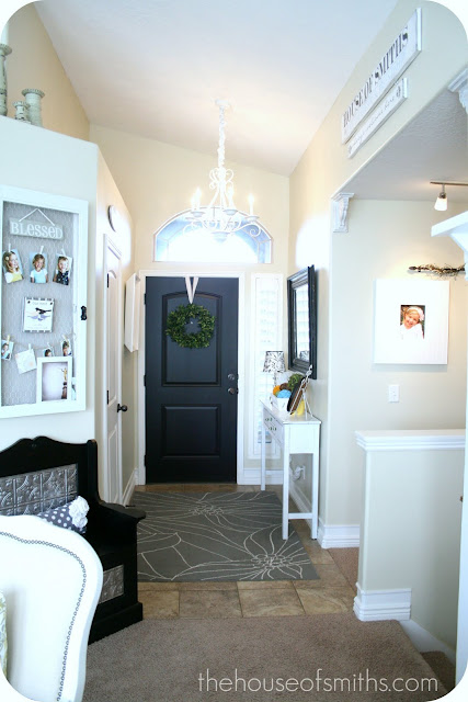 Painted Foyer Door : Painting our entryway door black