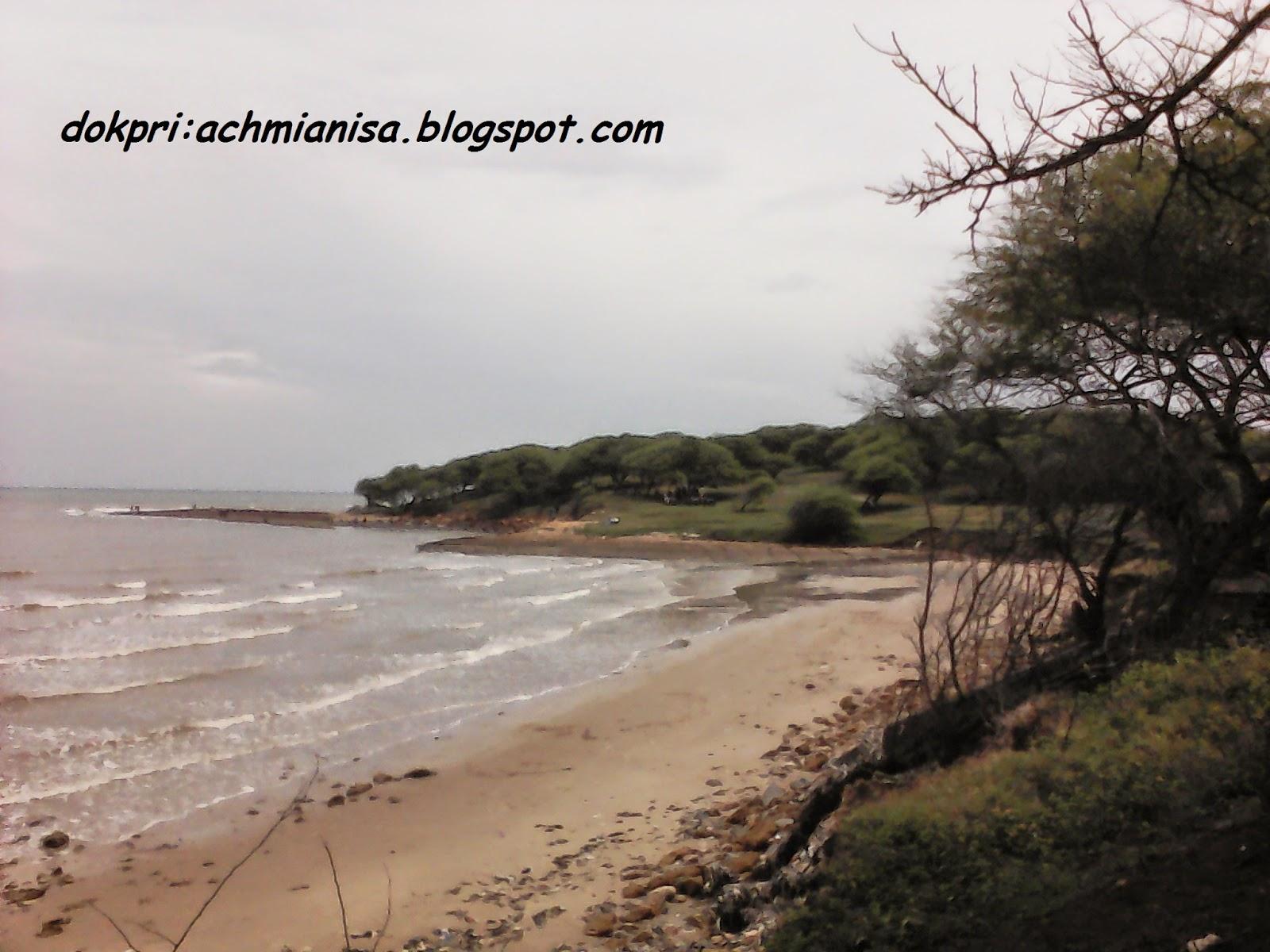Wana Wisata Pantai Sowan :Wisata  Murmer di Jalur Pantura