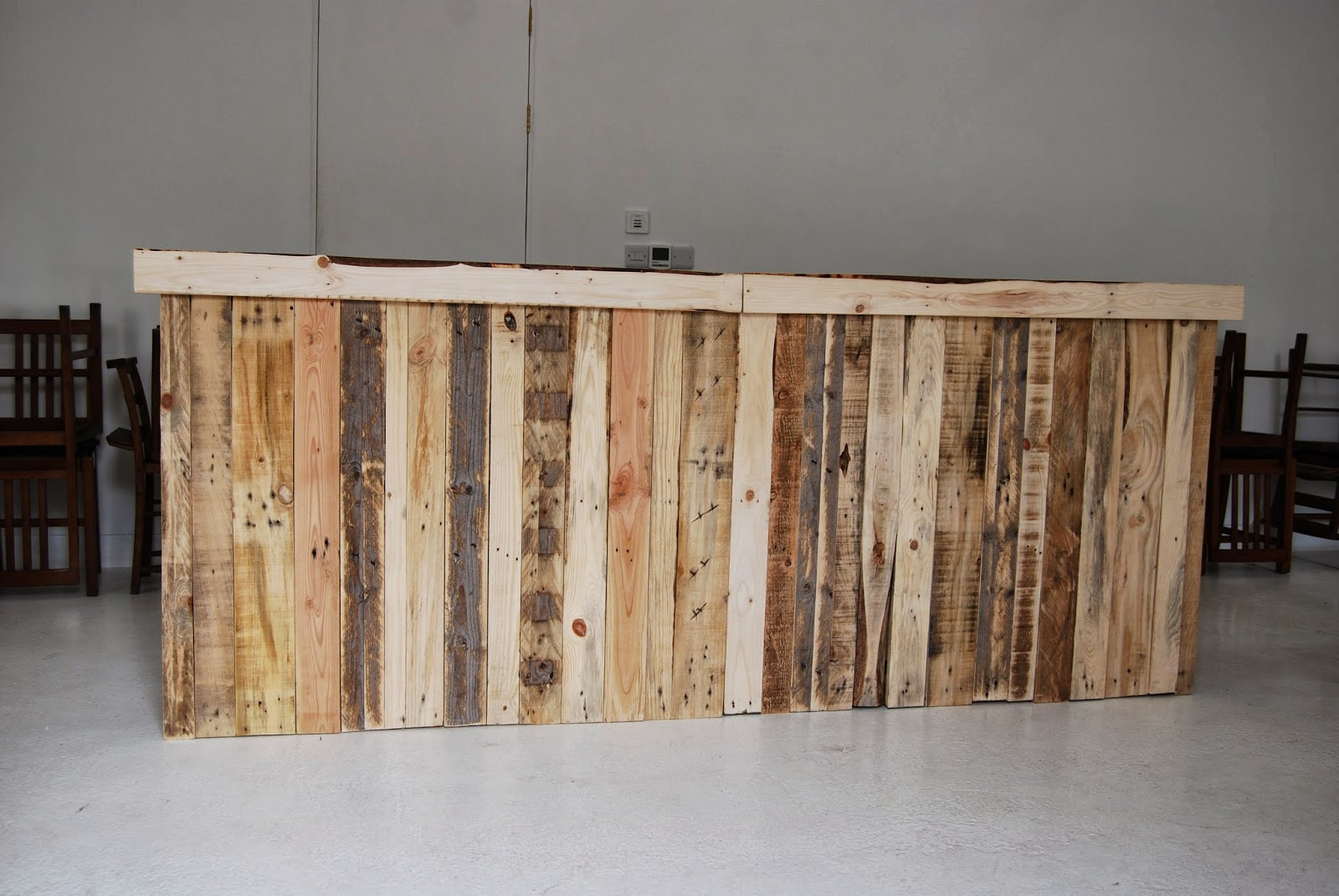 I Upcycle Pallets And Other Salvage And Create Furniture, Hen Houses,  Sculptures Etc Etc : 2014