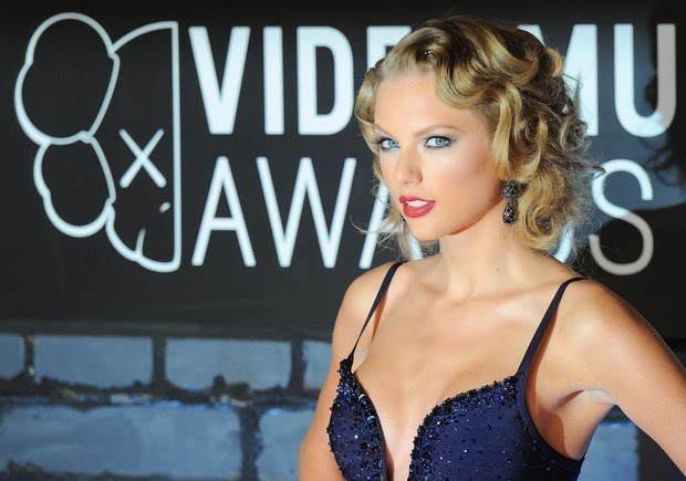 Taylor swift VMA 2014