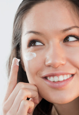 Advantages of Using Anti Aging Creams
