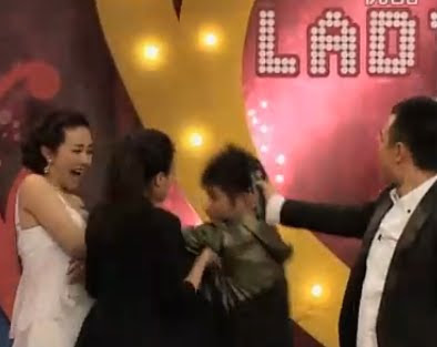 Meng Qian molested on live TV