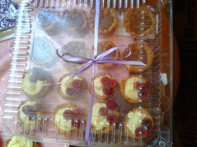 babeczki z malinami i serkiem mascarpone