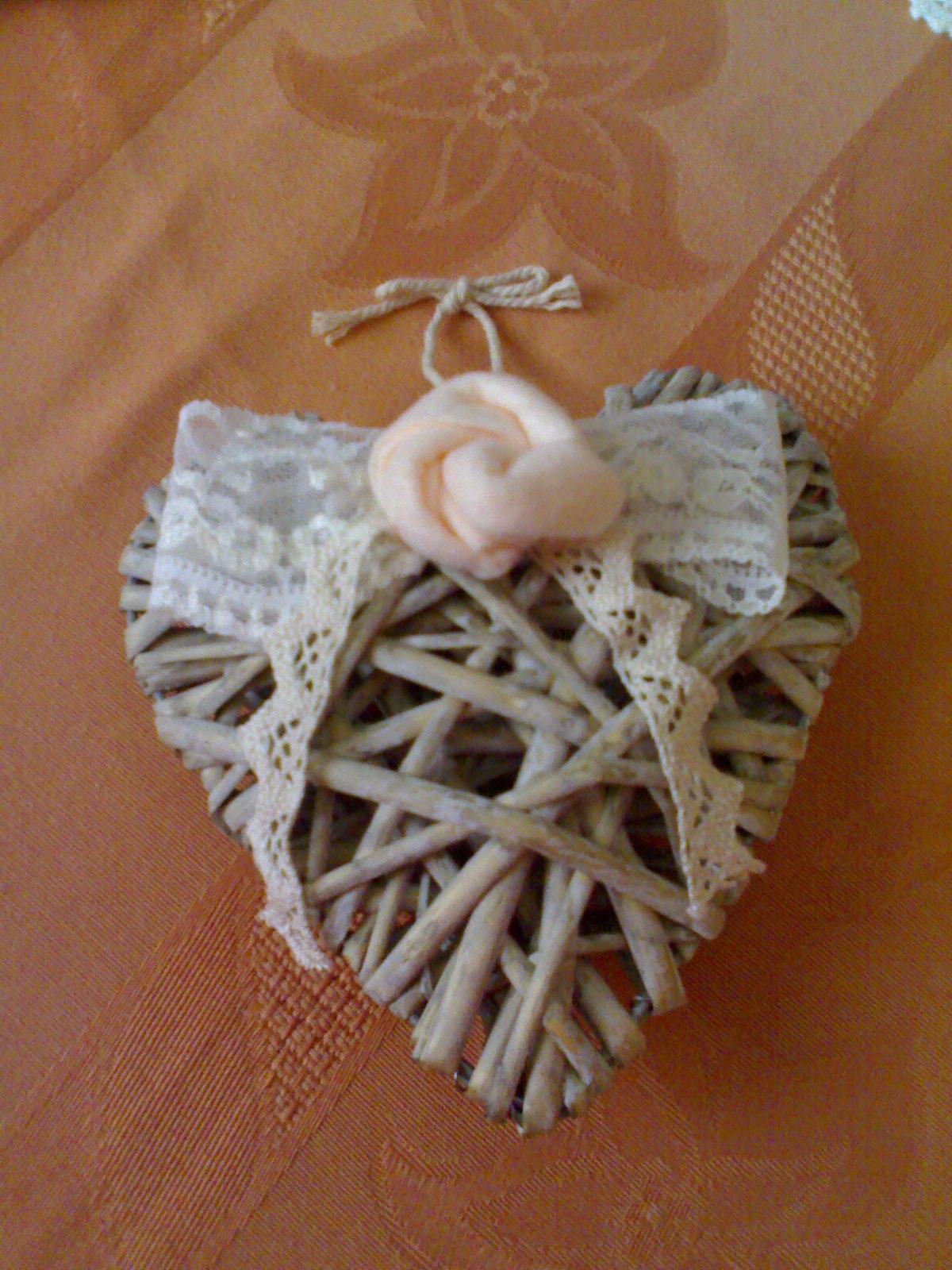 cuori di legno con fioru : Laboratorio di zia Polly: Un piccolo dono per Elena, il premio di ...