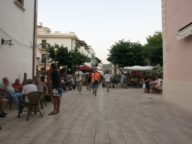 Sperlonga passagiata.