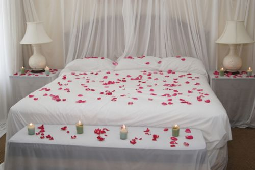 DORMITORIO EN SAN VALENTIN COMO DECORAR LA HABITACION EN EL DIA DE LOS ENAMORADOS - How to Decorate a Bedroom for Valentine's Day