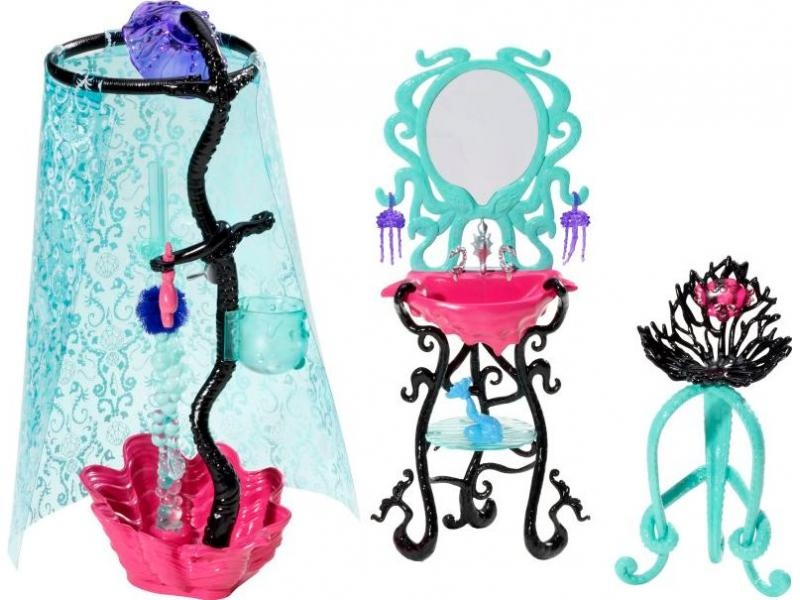 monster high la cama de spectra y la ducha de lagoona. Black Bedroom Furniture Sets. Home Design Ideas