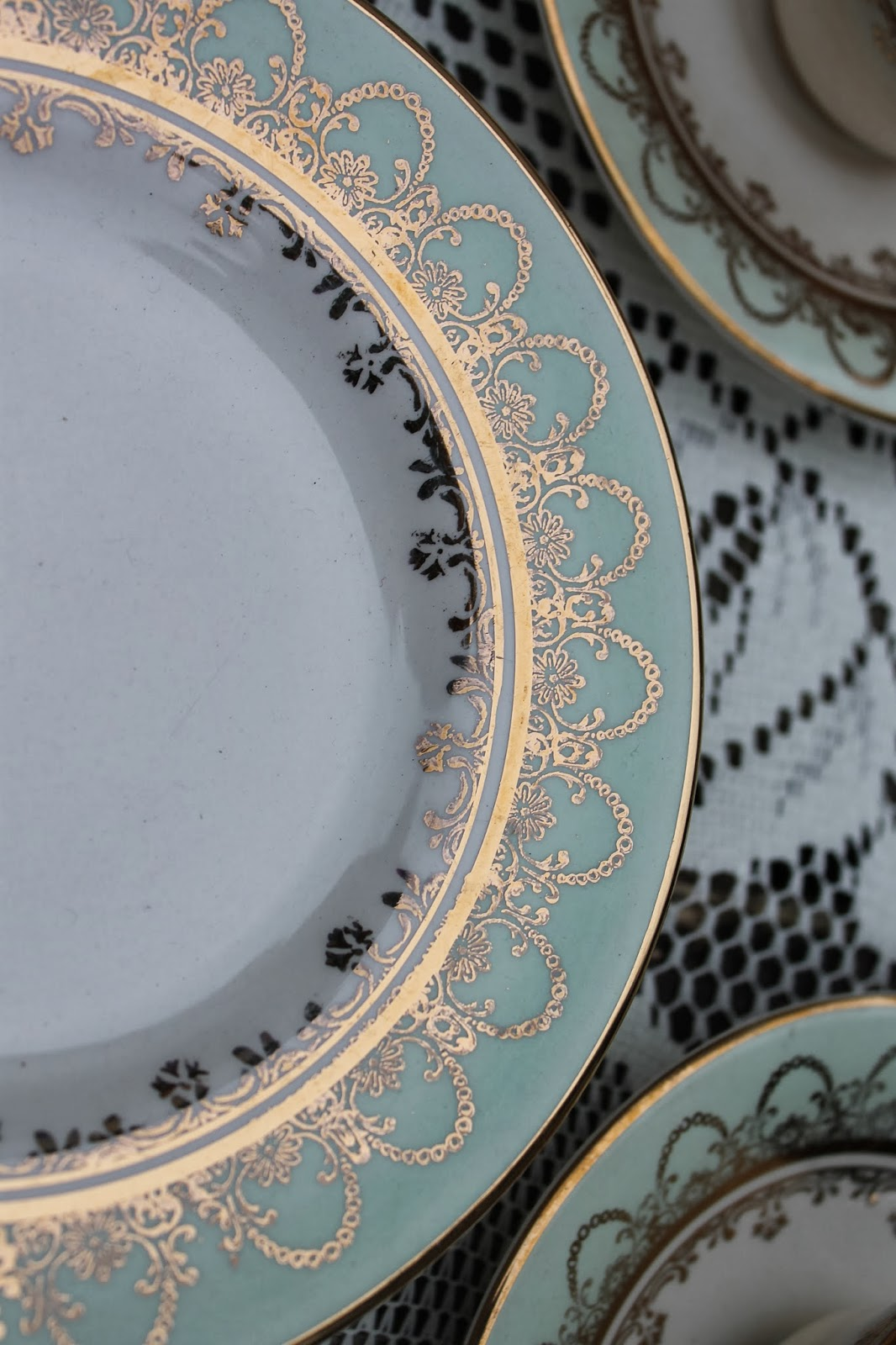 The plates ... & made in ireland | Thrifty Amos