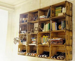 polička na knihy