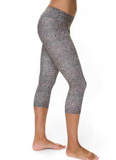 Style Athletics Onzie Activewear Capri Pant White Snow Leopard