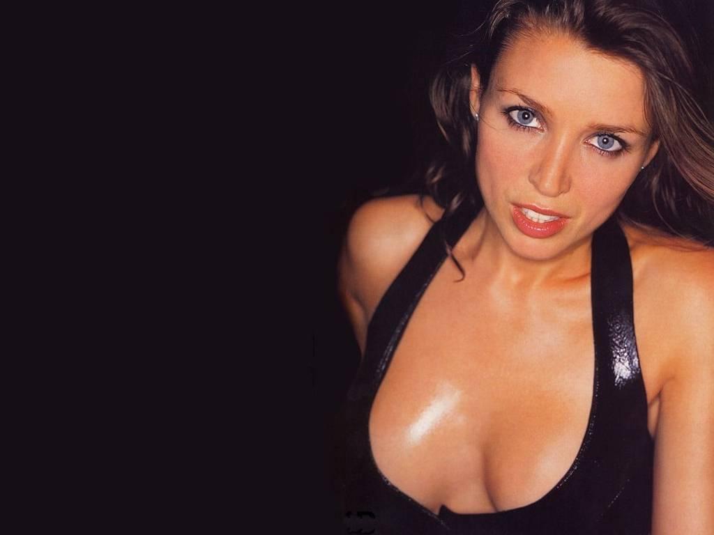 http://4.bp.blogspot.com/-H8np3DhwCXw/TYznhER1jqI/AAAAAAAALtE/Kr1_Mi6KQHg/s1600/Australian_singer_Dannii_Minogue_wallpapers%252B%2525284%252529.jpg