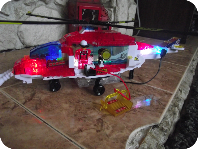Lite Brix Rescue Copter