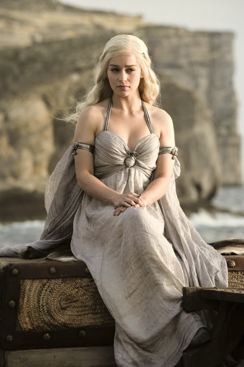 Emilia Clarke Photo Gallery2 Tv Series Posters And Cast