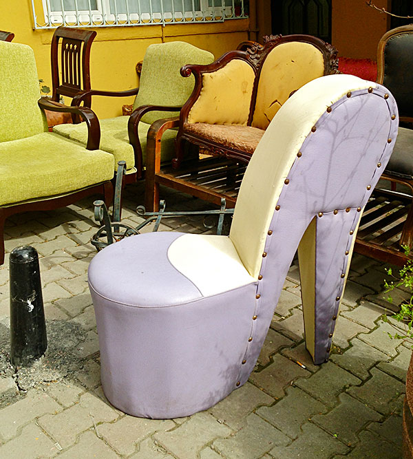 Shoe chair on Design and fashion recipes