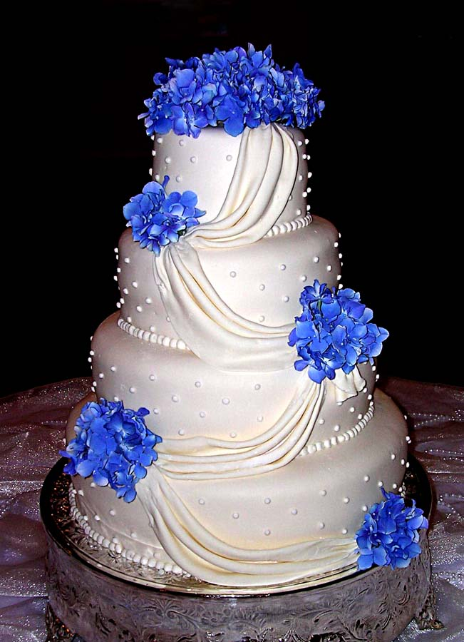 Amazing Blue Wedding Cakes 651 x 900 · 91 kB · jpeg