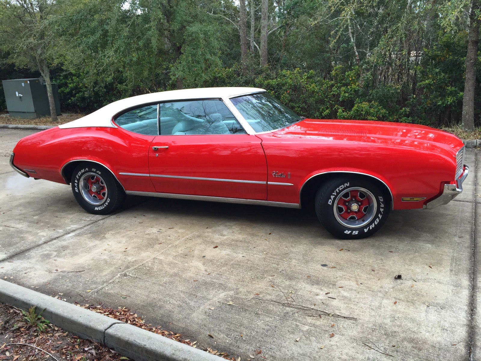 All American Classic Cars 1972 Oldsmobile Cutlass S 2
