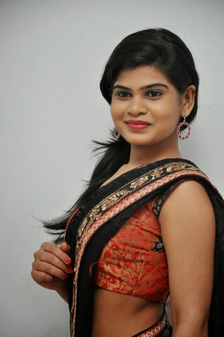 Alekhya Photos at veerudokkade Audio-HQ-Photo-9
