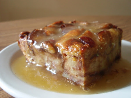 Bread Pudding with Whiskey Sauce | Cook'n is Fun - Food Recipes ...