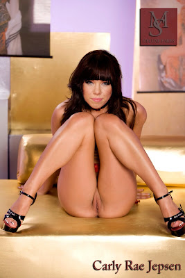 93568 image 123 554lo Carly Rae Jepsen Nude Showing her Boobs & Pussy Fake