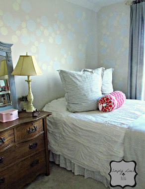 How to Create Polka Dots on a Wall