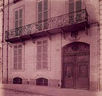 Balcon du 30 quai de Béthune à Paris, photo de Atget en 1908