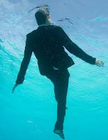 tao fernandez caino in underwater by marcos doimingo sanchez