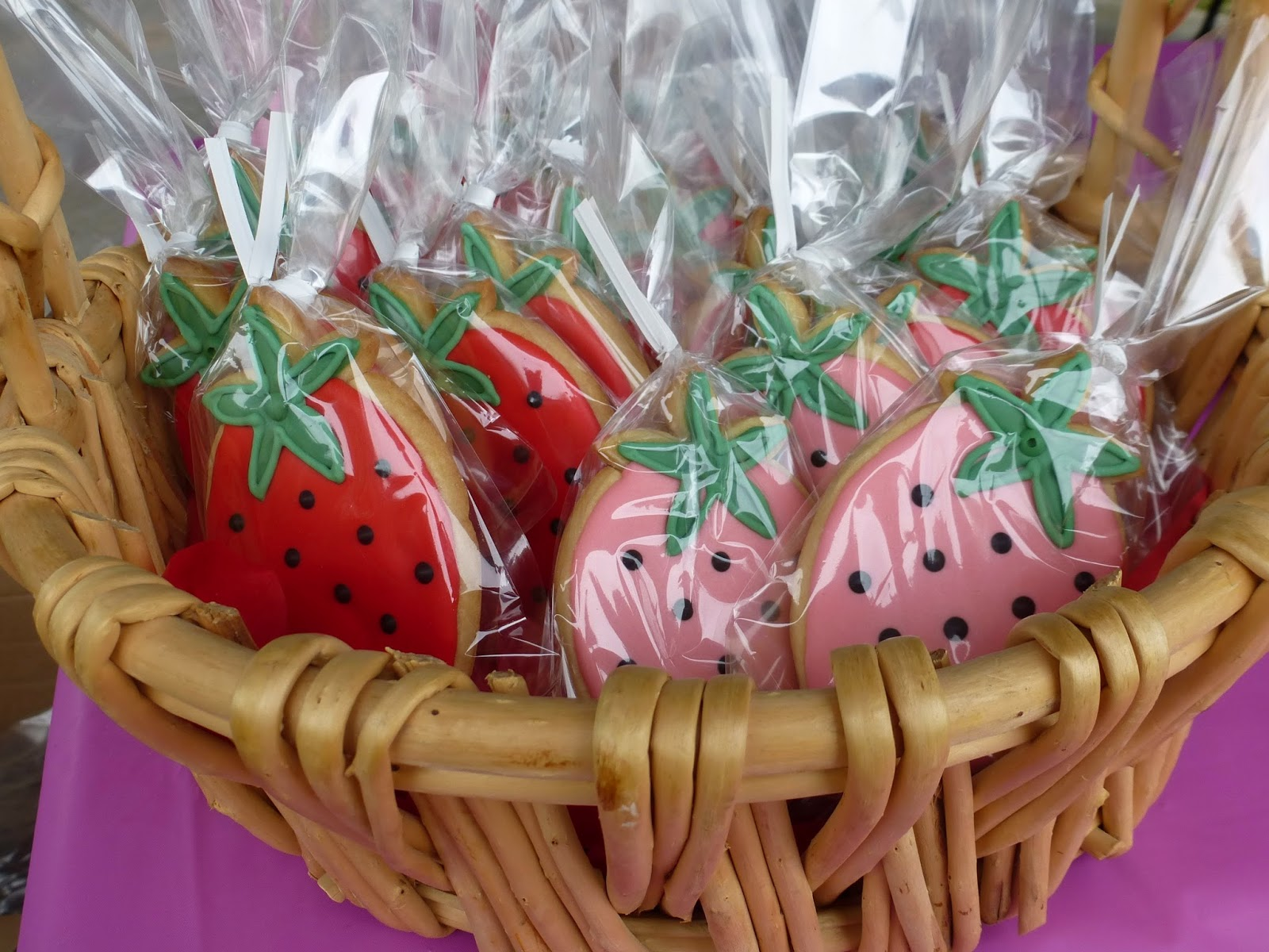 Strawberry Cookie Party Favors