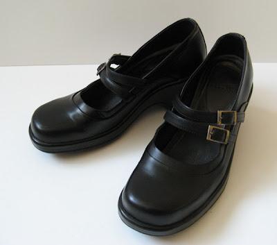 Good Closet DANSKO BLACK LEATHER WORK CLOGS DRESS SHOES WOMENS SIZE 8
