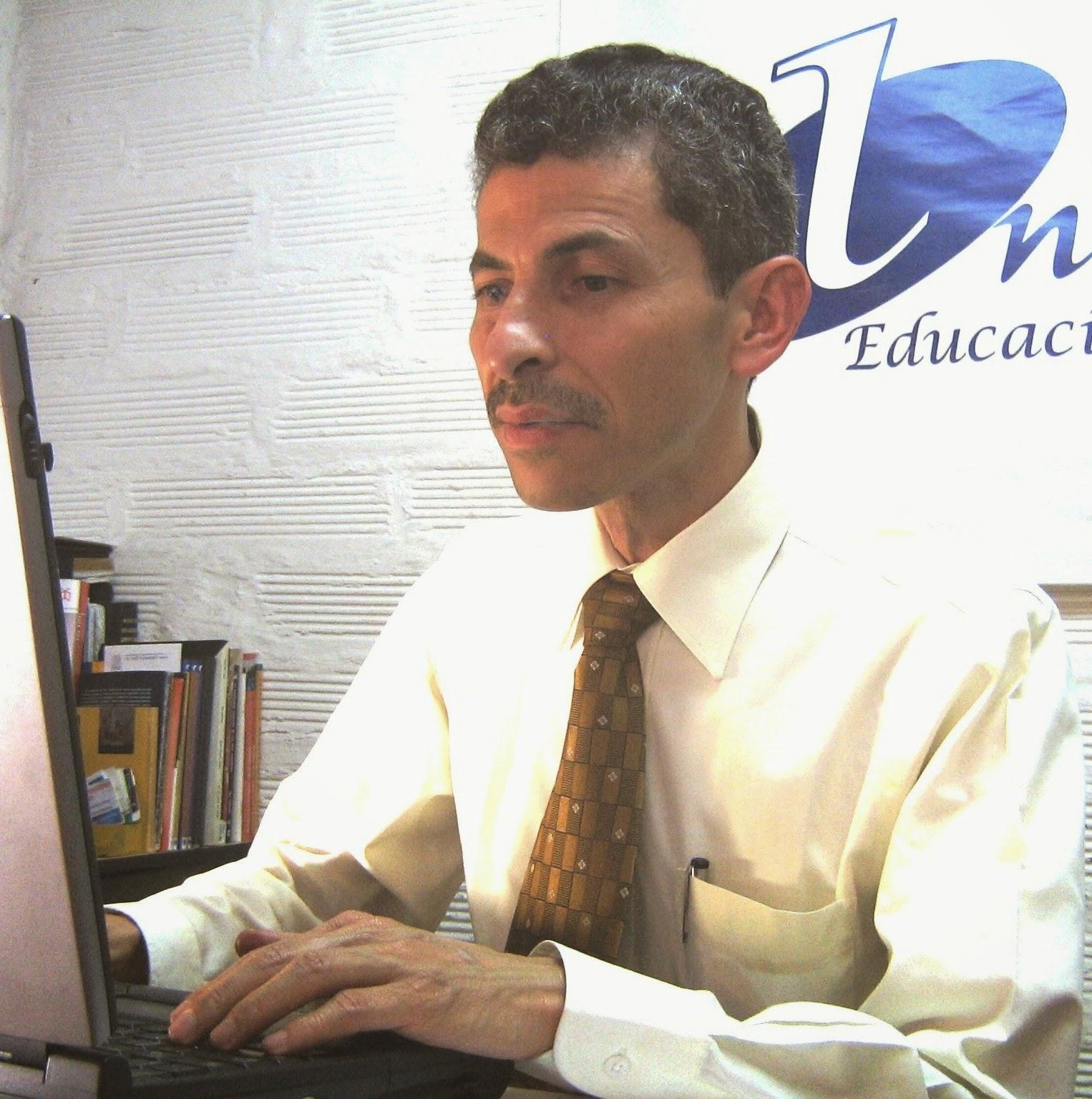 Antonio oviedo z for Oficina correos oviedo