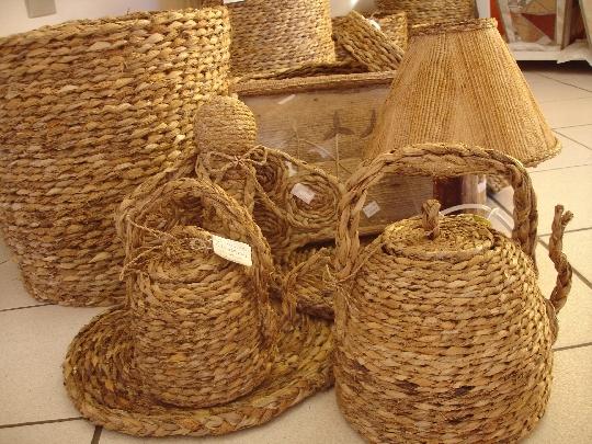 Secretaria de Cultura de Limoeiro realiza encontro para fortalecer o artesanato da palha da banana
