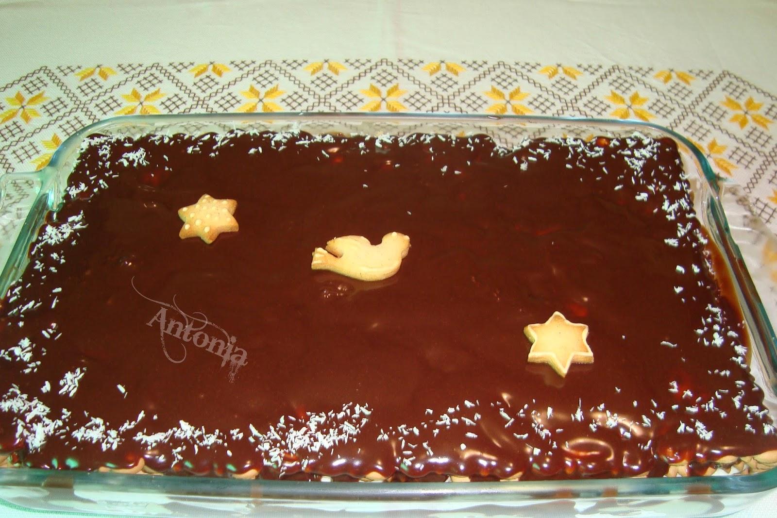 Tarta De Galletas Y Cremas De Chocolate Blanco Y Negro