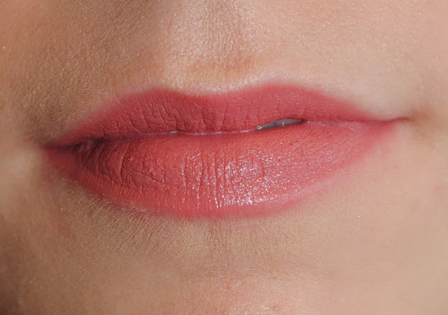 Flower Kiss Stick Velvet Lip Color LS2 Petal Kiss